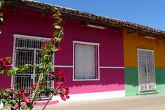 Красочные дома, город Гранады, Никарагуа Стоковое Изображение RF
