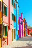 Красочные дома на острове Burano, Венеции, Италии Стоковое фото RF