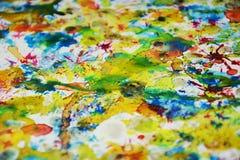 Красочные желтые голубые яркие оттенки, предпосылка акварели краски воска творческая Стоковая Фотография RF
