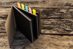 Красочные закладки для документов с тетрадью, крупным планом colo Стоковое Изображение