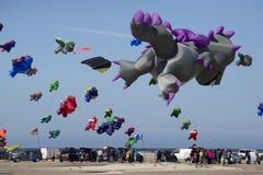 Красочные змеи дракона в воздухе Стоковая Фотография