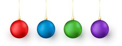 Красочные игрушки рождества и Нового Года на белой предпосылке Красный и голубой, зеленый и пурпурный традиционный элемент украше иллюстрация вектора