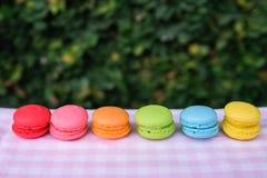 Красочные мини macarons Стоковые Изображения RF