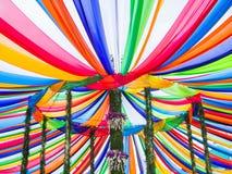 Красочные нашивки в Tak бить фестиваль Devo, Uthaithani, Таиланд стоковые изображения rf