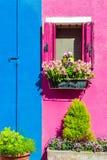 Красочные дома в Burano около Венеции, Италии Стоковое Фото