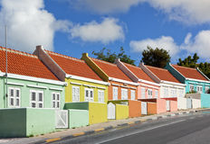 Красочные дома на Виллемстад, Curacao стоковая фотография