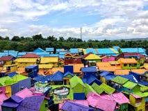 Красочные дома Kampung Warna Warni в деревне Jodipan, Malang Стоковые Изображения RF