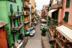 Красочные дома Manarola Cinque Terre стоковые фото
