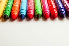 Красочные отметки установили изолированный на белой предпосылке с текстом fo космоса Установите для творческих способностей детей стоковое фото