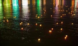 Красочные отражения на воде Стоковое Изображение RF