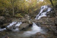 Красочные падения в горы Стоковое Изображение
