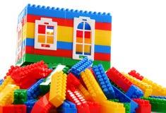 Красочные пластичные игрушки детей на белой предпосылке Стоковые Изображения
