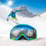 Красочные стекла лыжи стоковое изображение rf