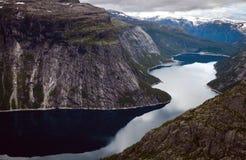 Красочные сцены горы в Норвегии Красивый ландшафт Норвегии, Скандинавии Ландшафт горы Норвегии Стоковое Изображение RF