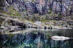 Красочные сцены горы в Норвегии Красивый ландшафт Норвегии, Скандинавии Ландшафт горы Норвегии Стоковое Фото