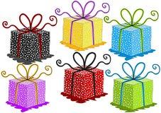 Красочные установленные подарочные коробки Стоковые Фотографии RF