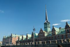Красочные фасады вдоль Nyhavn, Копенгагена стоковое фото rf