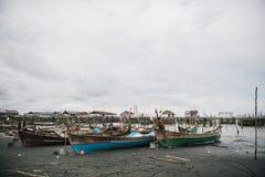 Красочные шлюпки, индонезийские fishingboats Стоковое Изображение RF
