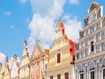 Красочные щипцы ренессансных домов в Telc, чехии стоковое фото rf
