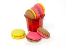 Красочные macaroons на белизне Стоковое Фото