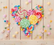 Красочные popsicles и конфета стоковые фотографии rf