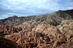 Красочный ландшафт Danxia, очень красивый пейзаж Стоковое фото RF