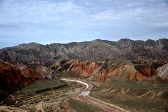 Красочный ландшафт Danxia, очень красивый пейзаж Стоковые Изображения RF