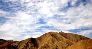 Красочный ландшафт Danxia, очень красивый пейзаж Стоковое Изображение RF