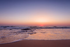 Красочный восход солнца пляжа океана Стоковые Фотографии RF