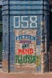 Красочный голландский текст на стене бара в Leeuwarden Стоковая Фотография