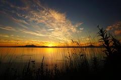 Заход солнца в заливе стоковое фото rf