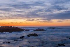 Красочный заход солнца на пляже 10 океана Стоковая Фотография