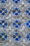 Красочный дизайн плитки стены Лиссабона, Португалии Стоковое Изображение RF