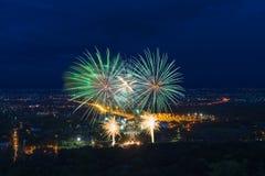 Красочный дисплей фейерверков на Chiangmai стоковая фотография