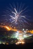 Красочный дисплей фейерверков на Chiangmai стоковые фотографии rf