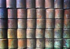Красочный конспект искусства аранжировал кирпичи/металл для того чтобы быть стеной стоковое фото