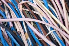 Красочный макрос связи электрических проводов возражает пластмассу стоковые фото