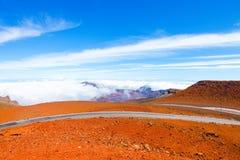 Красочный наклон кратера Haleakala - национального парка Haleakala, Мауи, Гаваи Стоковые Фотографии RF