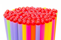 Красочный предпосылки выпивая соломы с шариками Стоковые Фото