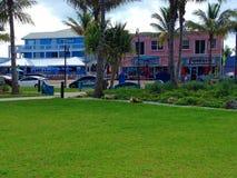 Красочный прибрежный ландшафт и здания Стоковое фото RF