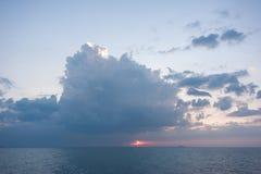 Красочный рассвет над морем рай природы элемента конструкции состава Стоковое Изображение RF