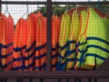 Красочный спасательный жилет Стоковые Фотографии RF