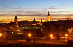 Красочный сумрак на историческом городе Krizevci Стоковая Фотография