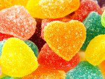 Красочный сладостный конец формы сердца студня вверх на белой предпосылке Стоковые Фотографии RF