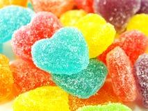 Красочный сладостный конец формы сердца студня вверх на белой предпосылке Стоковые Изображения RF