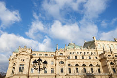 Красочный театр Juliusz Slowacki зданий в фантастическом винтажном Кракове стоковые фотографии rf