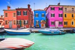 Красочный фасад на Burano, провинция Венеции Стоковое Изображение