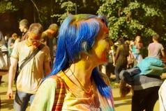 Красочный фестиваль HOLI в Москве, 29 06 2014 Стоковые Изображения