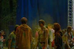 Красочный фестиваль HOLI в Москве, 29 06 2014 Стоковые Фотографии RF