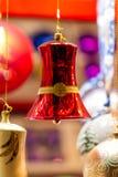 Красочный яркий красный орнамент колокола рождества Стоковое Изображение RF
